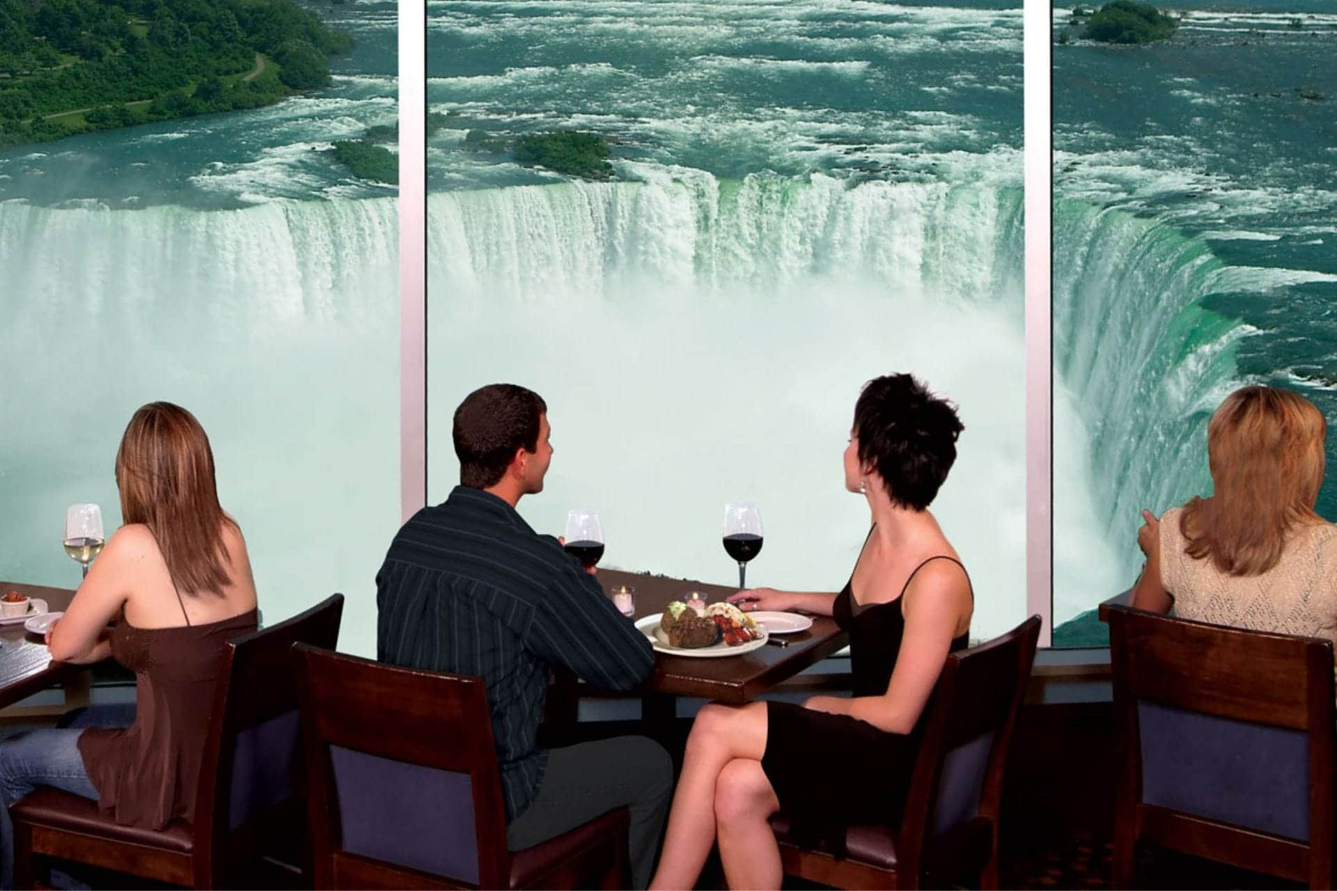 niagara falls | niagara falls cruise | niagara cruises | cruise trip for niagara falls | best cruise bus in niagara falls | niagara on the lake | journey behind the falls | visiting niagara falls | niagara family vacation | niagara falls canada attractions tour