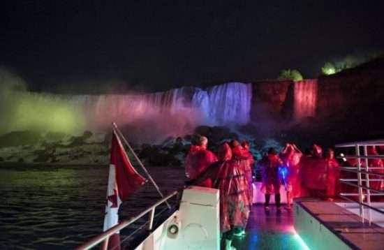 niagara falls packages | visiting niagara falls | niagara falls | toronto tours | tours from toronto | charter bus niagara falls | vacation packages from toronto | toronto to niagara outing